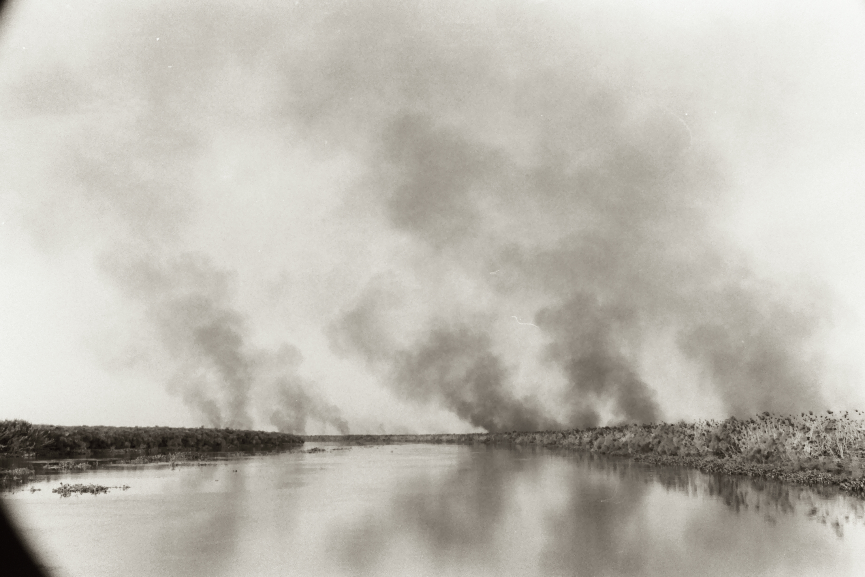Burning marshland, South Sudan, 2007. Photo by Dan Morrison.